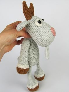 Amigurumi Häkelanleitung für eine Ziege / diy crocheting instructio: amigurumi goat made by DioneDesign via DaWanda.com