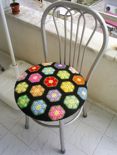 This gives me an idea- why not use quilt remnants (always at the thrift store) as chair covers? Think I will.