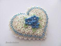 Felt Heart Pin / Heart Brooch ♡ by Beedeebabee on Etsy