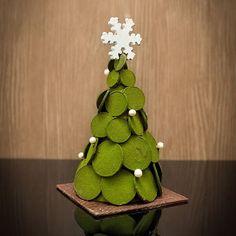 . Chocolate Christmas Gifts, Chocolate Tree, Chocolate Work, Homemade Chocolate, Christmas Brunch, Christmas Sweets, Noel Christmas, Chocolate Shoppe, Chocolate Showpiece