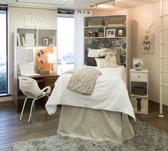 The texas chic collection designer dorm rooms мебель College Room Decor, College Dorm Rooms, College Tips, Dorm Pillows, Dorm Bedding, Chic Dorm, Dorm Room Designs, Dorm Decorations, Bedroom Decor