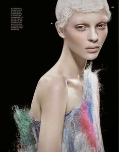cool Vogue China Abril 2014 | Kate Bogucharskaia por David Dunan  [Beauty]