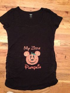 Show your baby bump and Holiday spirit Disney style with this Mickey Mouse inspired Pumpkin tee shirt. Perfect for Mickey not so Spooky