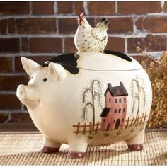 For some strange reason, I'm finding this little piggy really cute! Oink!