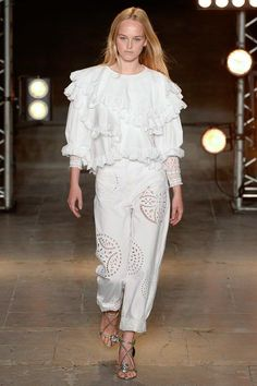Isabel Marant Spring 2018 Ready-to-Wear  Fashion Show - Jean Campbell