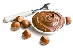 Sladké a zdravé? Áno! Tento čokoládovo-orieškový krém pripravíte bez cukru a chutiť bude výborne ako omáčka k čerstvému ovociu alebo aj ako nátierka Milk Shakes, Nutella, Le Cacao, Food Cakes, Cake Cookies, Icing, Cake Recipes, Peanut Butter, Ice Cream