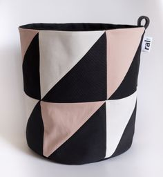 Small Storage Bag in Pink