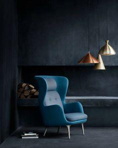 Ro chair designed by Jaime Hayón for Fritz Hansen