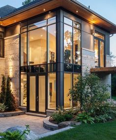 66 Beautiful Modern House Designs Ideas - Tips to Choosing Modern House Plans Modern Exterior Design Ideas Luxury Home Design Exterior, Modern Exterior, Stone Exterior, Black Exterior, Traditional Exterior, Dream House Exterior, House Exteriors, Exterior Houses, Wall Exterior