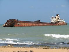 There are so many abandoned ships in the Peninsula de Paraguana, Venezuela. Abandoned Ships, Abandoned Cars, Abandoned Buildings, Derelict Places, Abandoned Places, Ghost Ship, Shipwreck, Urban Exploration, Model Ships