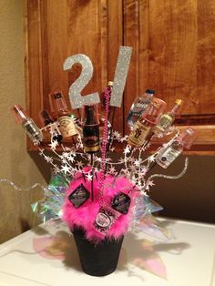 birthday idea Ill love you forecast if someone does this to me for my bday ✨ 21st Birthday Basket, 21st Birthday Presents, Birthday Fun, Birthday Parties, Birthday Ideas, 21st Gifts, Birthday Cakes, 21st Birthday Centerpieces, Birthday Decorations