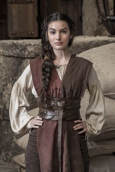Pirate and/or Medieval Womens Costume Medieval Costume, Medieval Dress, Medieval Fantasy, Female Viking Costume, Medieval Outfits, Medieval Hair, Medieval Peasant, Medieval Fashion, Medieval Clothing