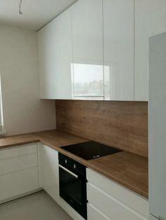 25+ Gorgeous Luxury White Kitchen Design and Decor Ideas #kitchendecor #kitchendesign #kitchenideas ~ Beautiful House