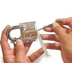 Aprender a abrir candados cuando no se dispone de la llave. Transparent Padlock To Help You Learn To Pick Locks