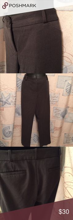 🆕 Talbots signature petite trousers Very crisp and classy! Polyester, rayon and spandex. 👺NO TRADES DONT ASK! ✌🏼️Transactions through posh only!  😻 friendly home 💃🏼 if you ask a question about an item, please be ready to purchase (serious buyers only) ❤️Color may vary in person! 💗⭐️Bundles of 5+ LISTINGS are 5️⃣0️⃣% off! ⭐️buyer pays extra shipping if likely to be over 5 lbs 🙋thanks for looking! Talbots Pants Trousers