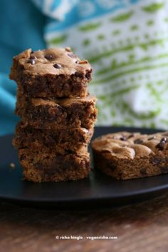 Vegan Almond Butter Blondies | Vegan Richa #vegan #blondies #dessert