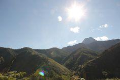 Morro gacho by Alejo, en Vespa, via Flickr Vespa, Mount Everest, Traveling, Explore, Mountains, Nature, Colombia, Wasp, Viajes