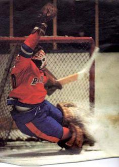 New York Raiders goaltending history : Gary Kurt Stars Hockey, Ice Hockey Teams, Bruins Hockey, Hockey Goalie, Hockey Players, Hells Kitchen, Semarang, Layout Design, Bobby Hull