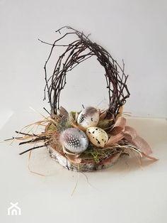 Easter Tree, Easter Wreaths, Deco Nature, Easter Table Decorations, Branch Decor, Silk Flower Arrangements, Egg Art, Easter Baskets, Easter Crafts