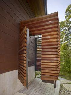 Douche ext rieur pour jardin photo decoration douche d for Cabine de plage en bois pour jardin