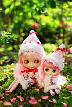 Christmas ~ merry christmas our merry flickr friends! :) by launshae, via Flickr
