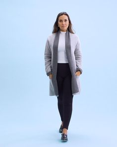 Wondering why more and more women love these high-waisted leggings? A wardrobe essential perfect for every outfit Instant waist & tummy control Comfy, breathable and opaque Stylish Tops For Women, Velour Tops, Teal Shirt, Cool Outfits, Stylish Outfits, Fashion Outfits, Beautiful Outfits, Girly Outfits, Capri Outfits
