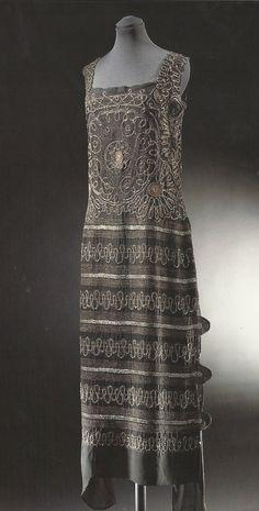 Chanel evening dress, silk, 1922