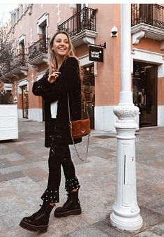 Baby Outfits, Spring Outfits, Winter Outfits, Cool Outfits, Casual Outfits, Fashion Outfits, Women's Fashion, Fashion Tips, Dr Martens Outfit