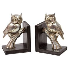 """This product is sold in sets of 2.Set of two metallic owl bookends.Product: Set of 2 bookendsConstruction Material: ResinColor: Gold and brownDimensions: 9.2"""" H x 6.1"""" W x 4.7"""" D eachCleaning and Care: Wipe with clean damp cloth"""