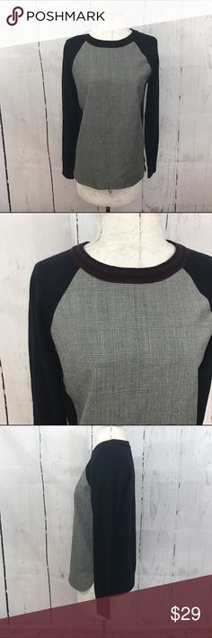"""💛💛 PLAID WOOL SWEATER Condition: Euc Approximate measurements (laying flat): 18"""" bust 23"""" length  Item location: rack  ❤no trades/no modeling❤ J. Crew Sweaters Crew & Scoop Necks"""