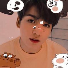 Foto Jungkook, Foto Bts, Jungkook Cute, Bts Wallpaper Lyrics, Tumbrl Girls, Jungkook Aesthetic, Bts Aesthetic Pictures, We Bare Bears, Bts Love Yourself