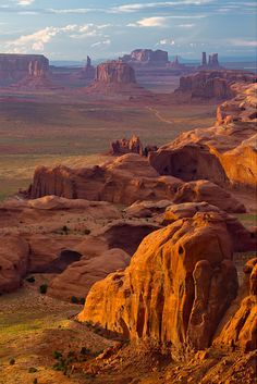This Monument Valley has an old cowboy movie grandeur view about it...