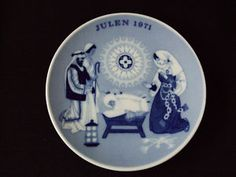 A Child Is Born - the Christmas Plate pattern by Porsgrund