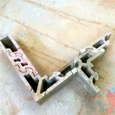 Concrete interlocking brick, habiterra blocks produced by fully automatic hydraulic system cement block making machine Types Of Concrete, Concrete Bricks, Precast Concrete, Cinder Block Walls, Brick Block, Masonry Blocks, Interlocking Bricks, Building A House, Build House