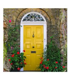Love the yellow door...so welcoming