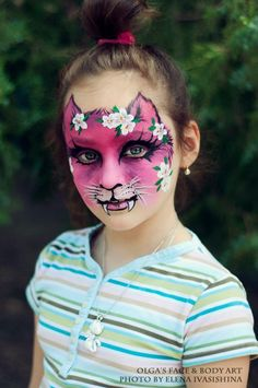 Olga's Face & Body Painting - Dark/light pink kitty! Gothic looking :)