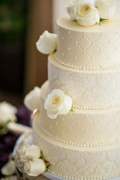 Lace-Wedding-Cakes-14.jpg 600×902 pixeles