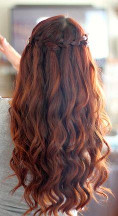 Коса-водопад на длинных волосах