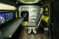 Nissan NV200: quand un monospace devient un camping car | GeekMag