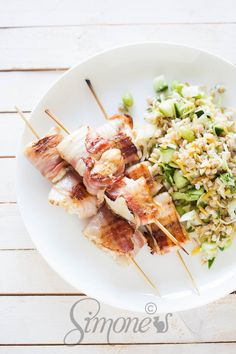 Tilapie spiesjes met bacon   simoneskitchen.nl Fish Recipes, Seafood Recipes, Paleo Recipes, Cooking Recipes, Seafood Platter, Dinner Salads, Bacon, Fish And Seafood, Pasta Salad