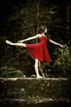 Hanna a New York Ballet student. Saints Photography. Sources by Michael A Santos