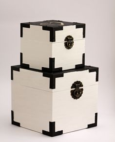OCT: Wooden box hand painted white set