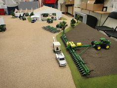 Pictures from the 2012 National Farm Toy Show held in Dyersville, Iowa. John Deere Toys, Farm Images, Farm Layout, Toy Display, Farm Toys, Gnome Garden, Farm Gardens, Model Building, Model Trains