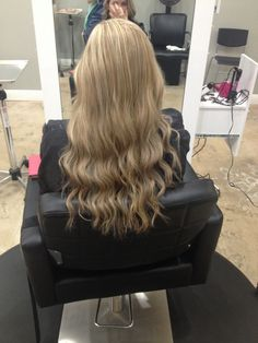 "Andrea Prchal stylist at Primo Hair Salon in Scottsdale Arizona. Follow me on Instagram: andreaprchalhairaz or like me on facebook: "" Andrea Prchal Hair Design #blonde #highlight #lowlight #hair #curls"