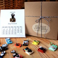 Items similar to Quilled Vintage Camera Calendar - 2014 Calendar- Handmade - One of a Kind- Gifts for Photographers on Etsy Photographer Gifts, Gifts For Photographers, Calendar 2014, Calendar Design, Vintage Cameras, Photography Equipment, Paper Quilling, Christmas Shopping, Girl Gifts