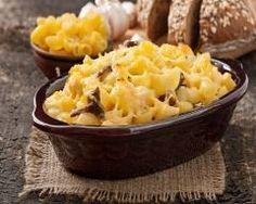 Gratin de pâtes aux lardons, champignons et reblochon : http://www.cuisineaz.com/recettes/gratin-de-pates-aux-lardons-champignons-et-reblochon-77664.aspx