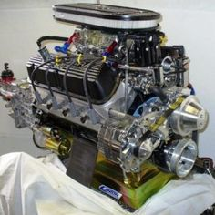 Ford Racing 427 stroker Crate Engine Leading Supplier Custom Crate Engines Cobra Kit, Ac Cobra, Ford Racing Engines, Ford Sport, Custom Crates, Crate Motors, Outdoor Fireplace Designs, Car Insurance Rates, Crate Engines