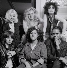 Siouxsie Sioux, Siouxsie & The Banshees, Chrissie Hynde, The Pretenders, Blondie Debbie Harry, Future Fashion, Blondies, Role Models, Beautiful Women