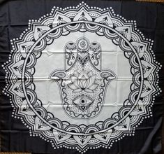 Wall tapestry black and white mandalas Super ideas Bohemian Wall Tapestry, Indian Tapestry, Mandala Tapestry, Mandala Throw, Tapestry Wall Hanging, Tapestry Floral, Mandala Art, Mandala Elephant, Elephant Tapestry