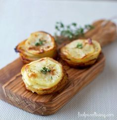 A recipe for Muffin-Pan Potatoes. Who knew cooking thinly sliced potatoes in a muffin pan with a little bit of heavy cream would taste this good? Good Food, Yummy Food, Tasty, Mets, Side Recipes, Potato Recipes, Vegetable Recipes, Finger Foods, Carne